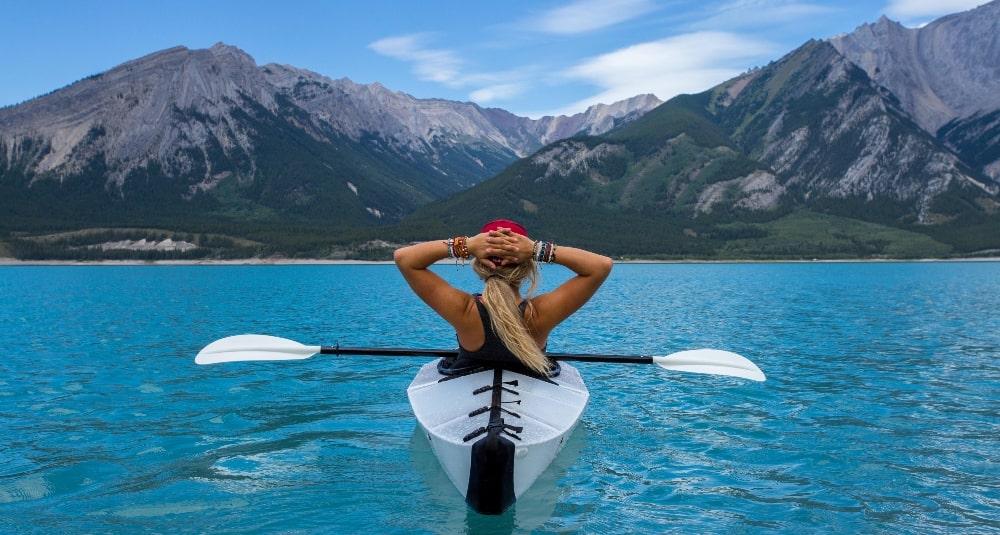 tjej i kanot-förbättra din mentala styrka